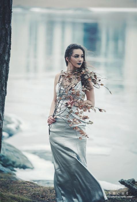 Silver Model: Laura